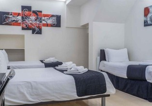 Photo 3 - London Stay Apartments
