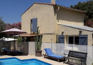 Photo 2 - Villa in Marseille with swimming pool