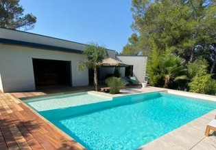 Photo 2 - Villa in Nîmes with private pool