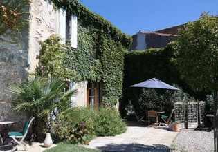Photo 3 - House in Aigues-Vives with private pool