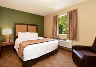 Photo 2 - Extended Stay America - Omaha - West