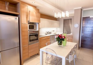 Photo 2 - The Residences Crystal Towers