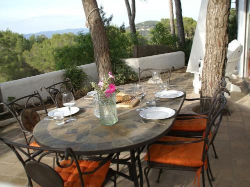 Foto 17 - Cozy Villa with Private Pool in Sant Agusti des Vedra
