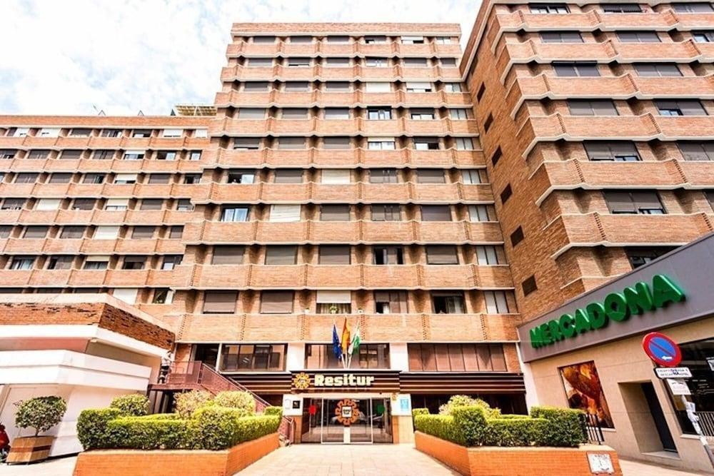 Photo 12 - Apartamentos Resitur