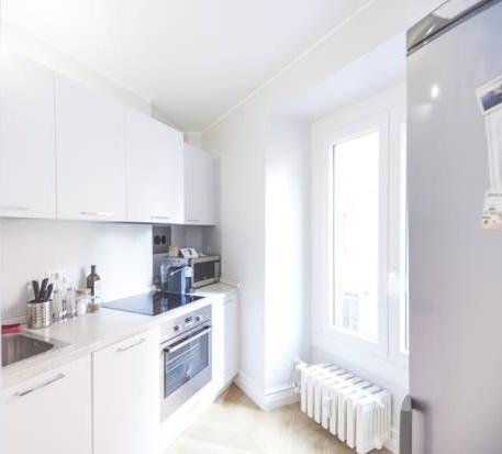 Photo 1 - Marvel Apartment
