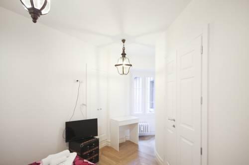 Photo 23 - Marvel Apartment
