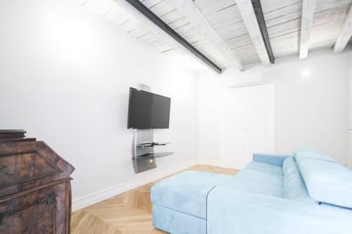 Photo 21 - Marvel Apartment
