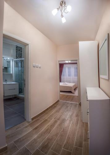 Photo 21 - Feel Belgrade Downtown Apartment
