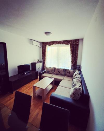 Photo 7 - LEEA Apartments