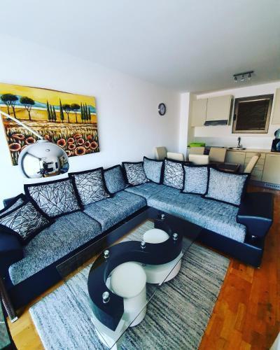 Photo 17 - LEEA Apartments