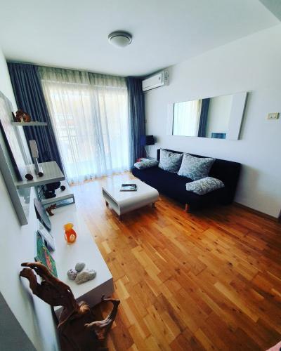 Photo 3 - LEEA Apartments