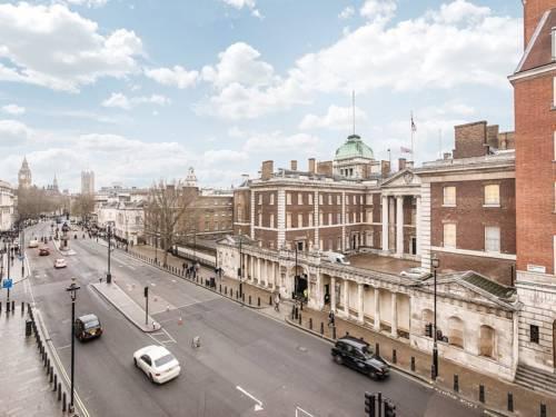 Photo 10 - Valet Apartments Whitehall