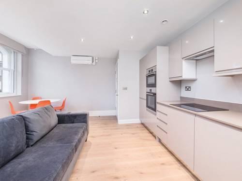 Photo 11 - Valet Apartments Whitehall