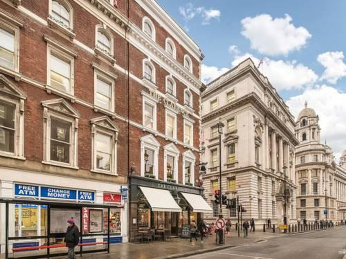 Photo 7 - Valet Apartments Whitehall