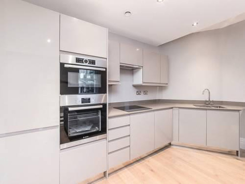 Photo 2 - Valet Apartments Whitehall