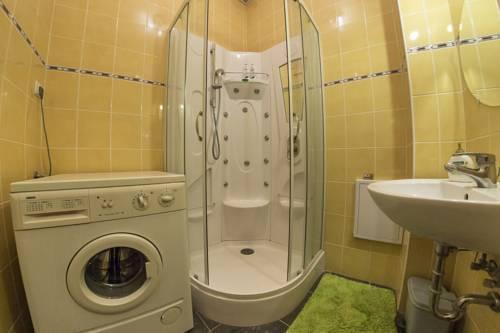 Foto 2 - Ebony Pianino Apartment