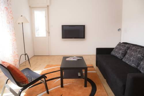 Foto 9 - Ebony Pianino Apartment