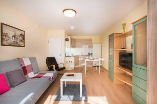 Foto 11 - Lux Apartment on Dokuchayev Pereulok