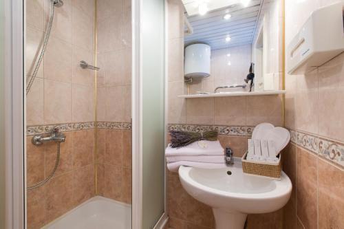 Foto 6 - Lux Apartment on Dokuchayev Pereulok