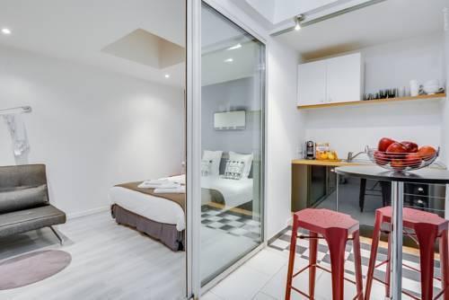 Photo 4 - Tour Eiffel - Luxury Studio Flat