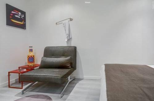 Photo 10 - Tour Eiffel - Luxury Studio Flat