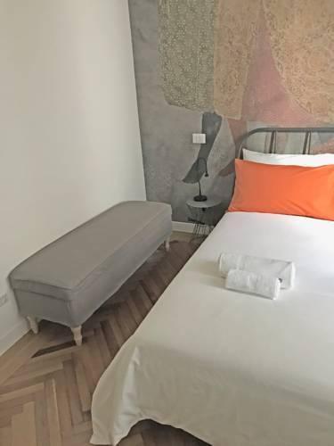 Photo 5 - Rapanus Suites