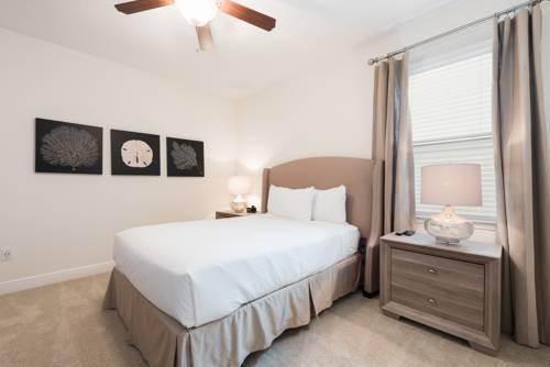 Photo 13 - Mandrake 211M Five-Bedroom House