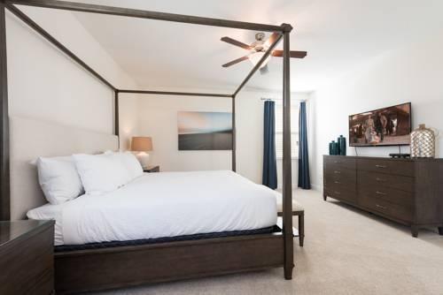Photo 14 - Mandrake 211M Five-Bedroom House