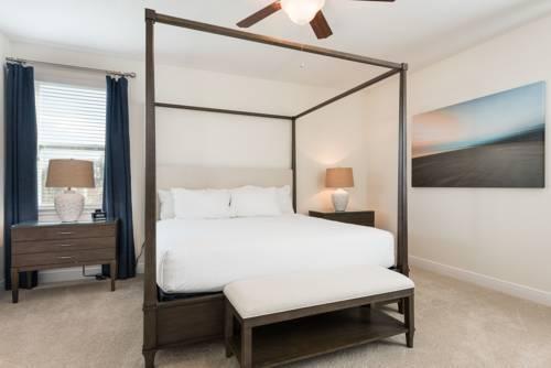 Photo 28 - Mandrake 211M Five-Bedroom House