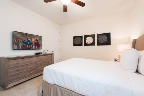Photo 34 - Mandrake 211M Five-Bedroom House