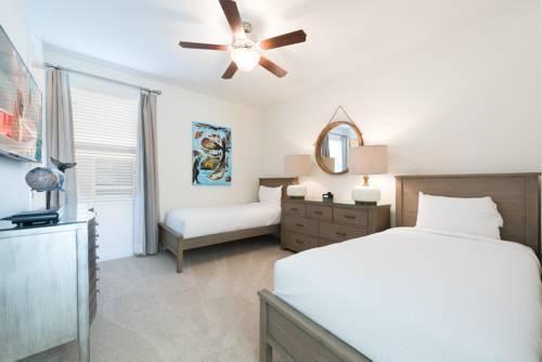 Photo 17 - Mandrake 211M Five-Bedroom House