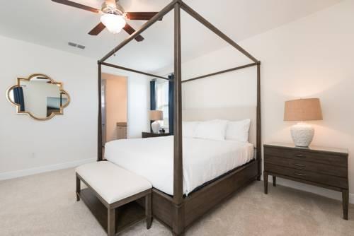 Photo 6 - Mandrake 211M Five-Bedroom House