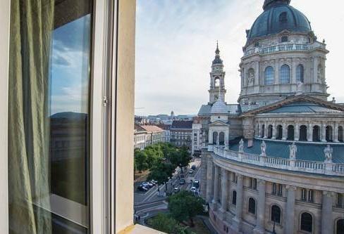 Photo 4 - Basilica View Luxury Apartment Budapest