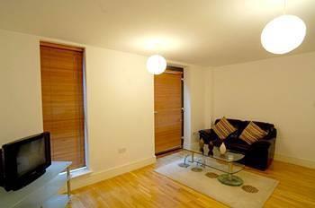 Photo 9 - Base Serviced Apartments - Cumberland Apartments