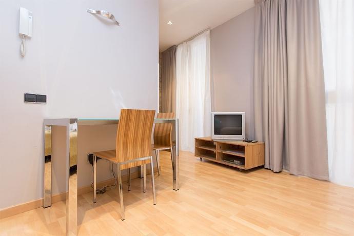 Photo 2 - Apartamentos Tiradors