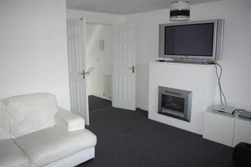 Photo 10 - My-Places Abbotsfield Court Townhouse 3