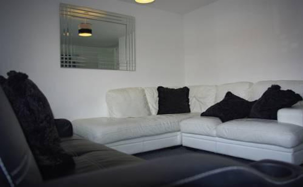Photo 29 - My-Places Abbotsfield Court Townhouse 3