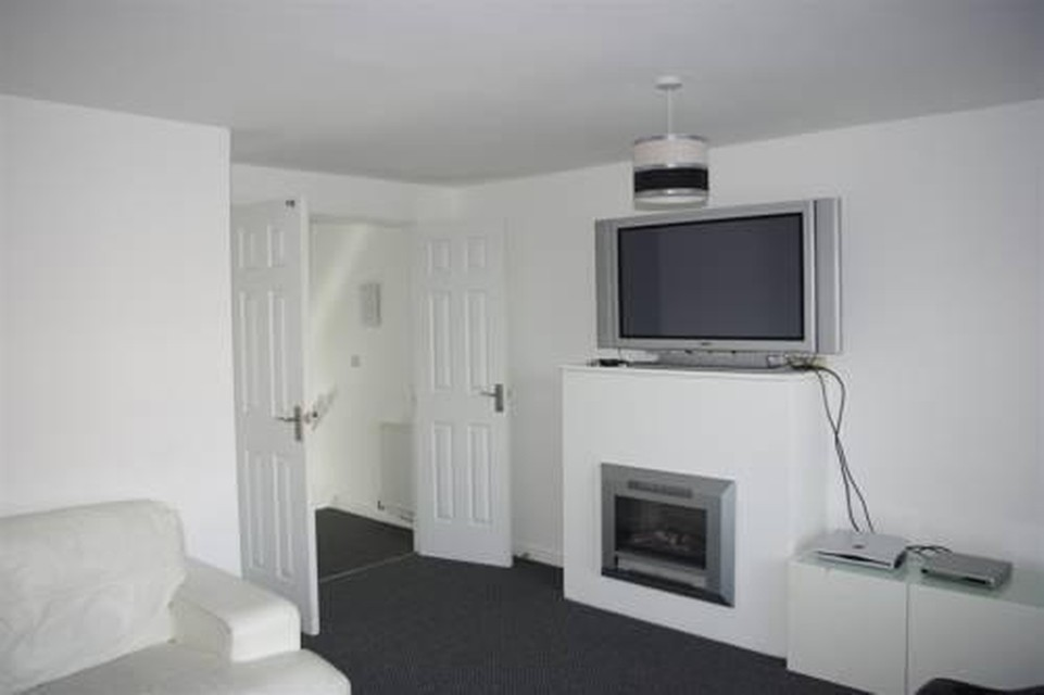 Photo 12 - My-Places Abbotsfield Court Townhouse 3