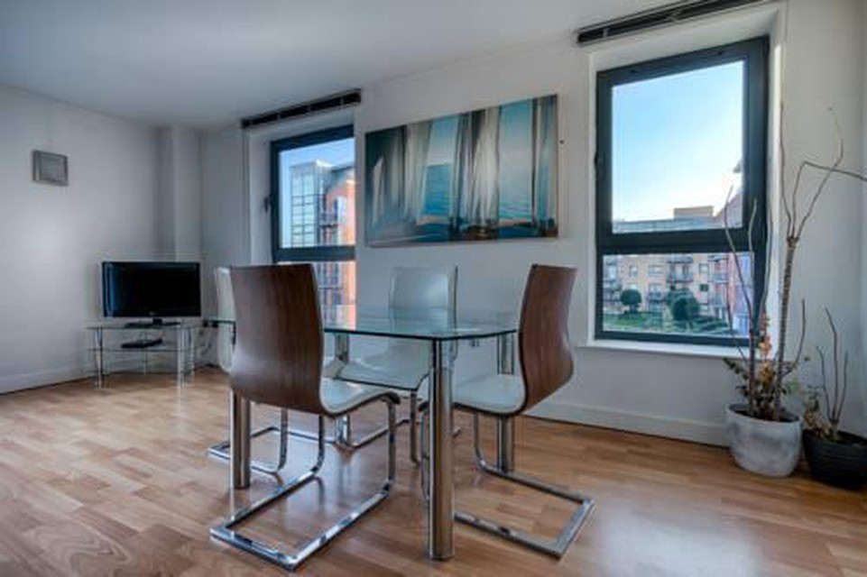 Photo 4 - Halo Serviced Apartments-West One