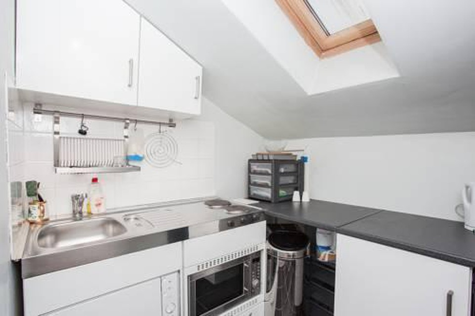 Foto 7 - Amazing 2-Bed Just Minutes From Paddington