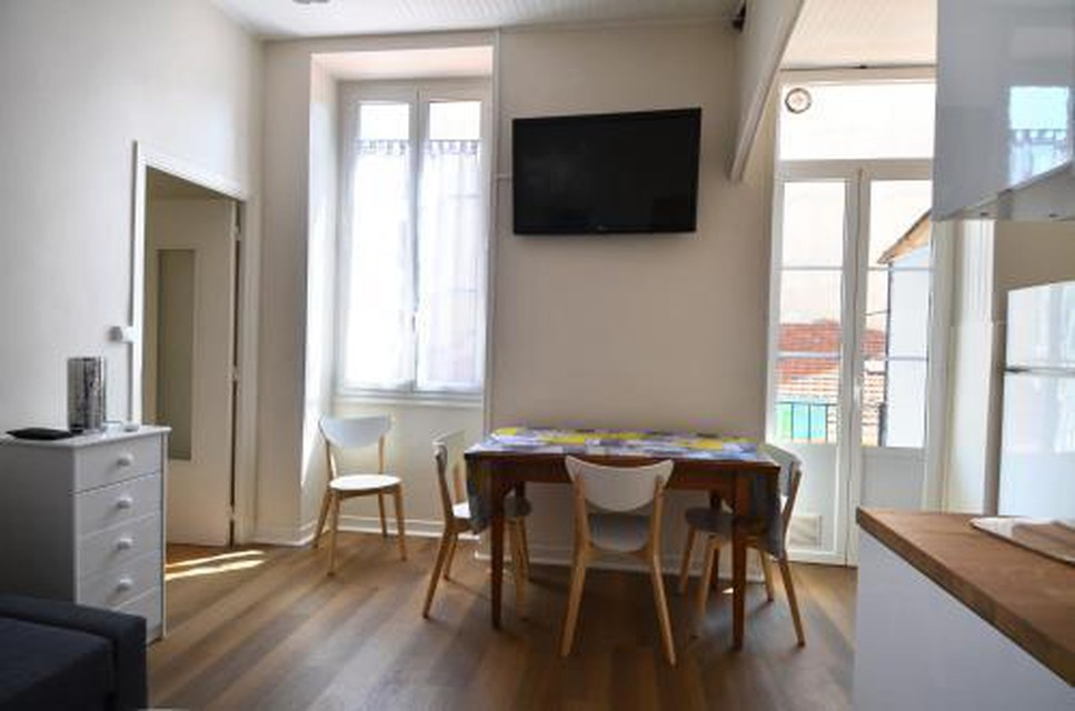 Photo 14 - Superbe appartement 5 personnes plein cur centre-ville quartier du Port de Nice