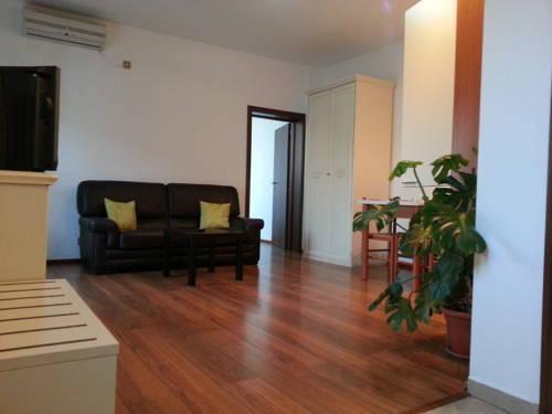 Photo 33 - Banu Manta Apartments