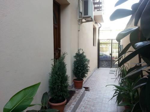 Photo 38 - Banu Manta Apartments