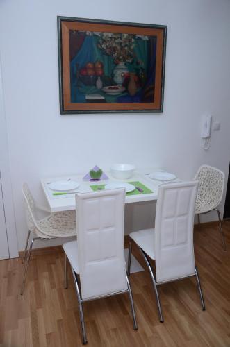 Foto 19 - Sekula's City Center Apartment