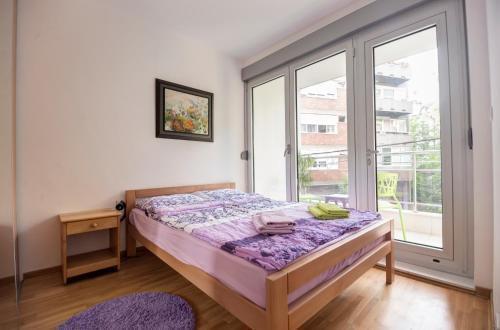 Foto 3 - Sekula's City Center Apartment