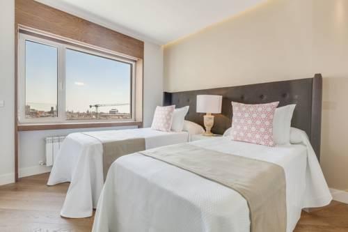 Foto 20 - Home Club Torre de Madrid Apartments