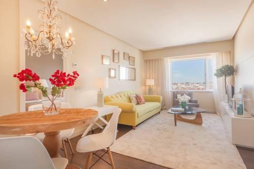 Foto 15 - Home Club Torre de Madrid Apartments