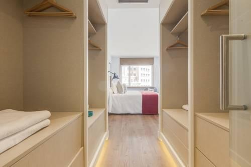 Foto 9 - Home Club Torre de Madrid Apartments