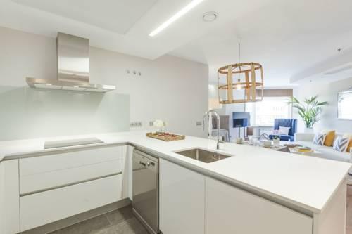 Foto 14 - Home Club Torre de Madrid Apartments