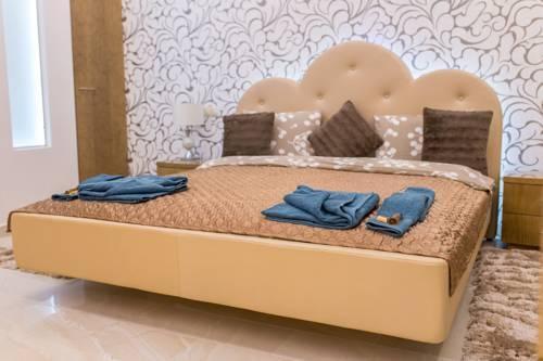 Foto 36 - Famousali Luxurious Vip Apartment